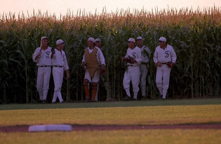 """Yankees Replaced By Cardinals In """"Field of Dreams"""" Game Per Report"""