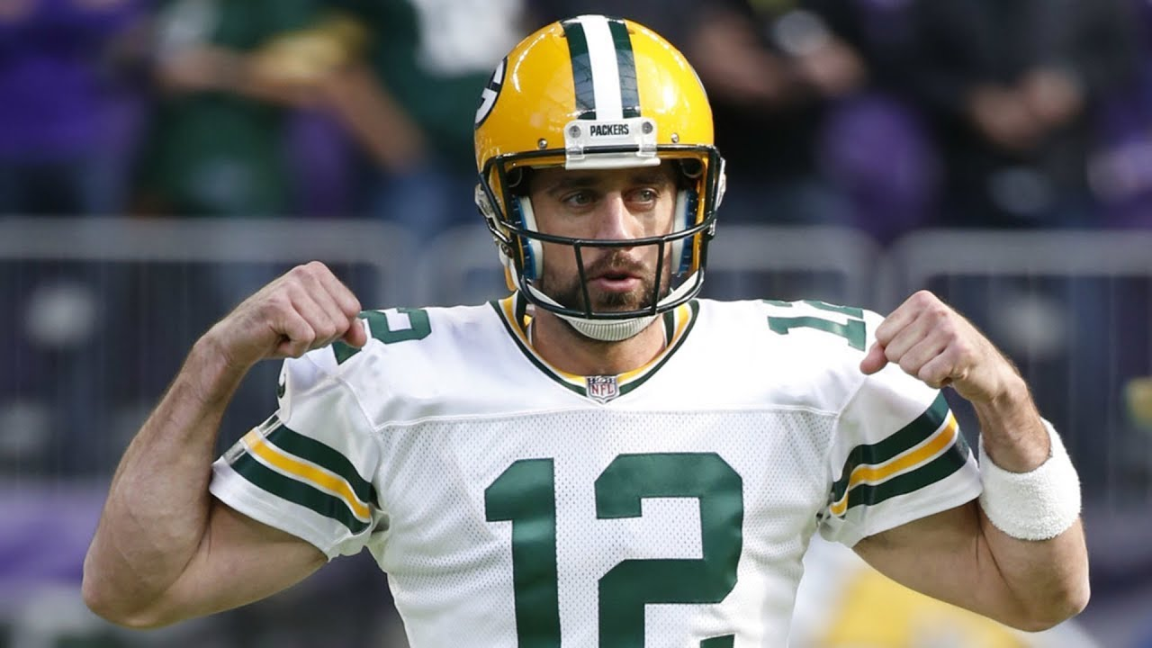 green bay packers qb aaron rodgers appears to be staying put